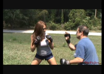 Outdoor Fight – Rachel vs English Guy